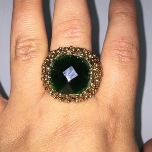 Jewelry - Emerald and gold adjustable bubble ring fits most